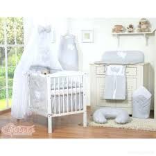 lit bebe gris pas cher tapis chambre bebe gris teddy nattiot ref
