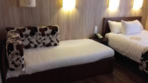 chambre hotel cheyenne nous avons testé le disney s hotel cheyenne et sa rénovation