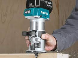 Fine Woodworking Compact Router Review by Makita Lxt Compact Router Cordless Xtr01 Woodworker U0027s