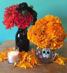 dia de los muertos decorations día de los muertos floral arrangements guest post by the plum