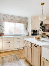 how to mix and match kitchen hardware how to mix and match cabinet hardware sprucing up mamahood