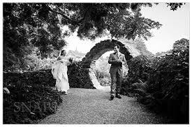 Photographers In Ri Blithewold Wedding Newport Weddings Pinterest Bristol Tom S