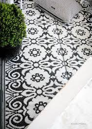 Xl Outdoor Rugs Xl Outdoor Rug Black And White 180 X 270 Cm House Of Ideas
