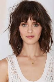 above shoulder hairstyles textured shoulder length haircut get refreshed yourself with the