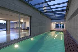 best simple glass swimming pool house at moder 2292