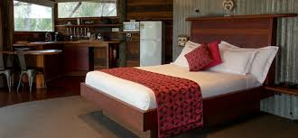White Bedroom Escape Rydal Lake Lyell Accommodation Eagle View Escape Australia