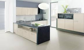 küche cremefarben moderne küche cremefarben www kuechenportal de
