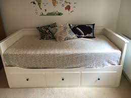 devyn tufted daybed cool cribs daybeds cool daybed ikea hemnes bedroom daybeds hackers queen