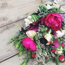flower delivery service how can buying flowers online benefit you neprovjereno