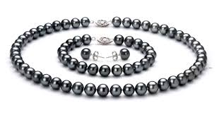 best black friday jwellery deals best black friday deals on pearl sets dubai chronicle