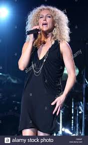 kimberly schlapman kimberly schlapman on stage for little big town concert the stock