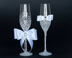 wedding glasses mr mrs wedding glasses 2644050 weddbook