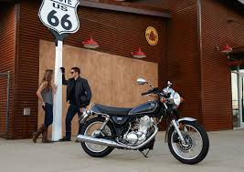 yamaha goes old with 2015 sr400 motorcycledaily com