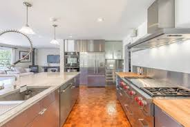 fully updated 6 700 sq ft east hampton asks under 3m curbed