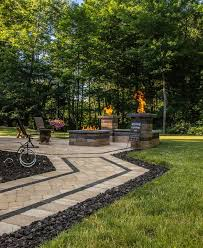 paver walkway and patio using lampus omni vintage and unilock