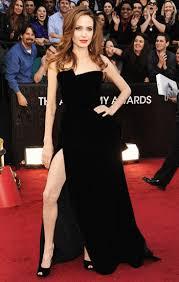Angelina Leg Meme - angelina jolie s right leg oscar pose an internet earthquake 46