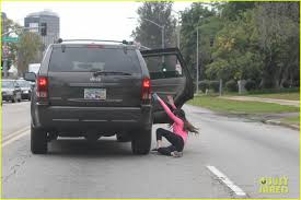 fake jeep meme justin bieber fan falls out of car while chasing the singer photo