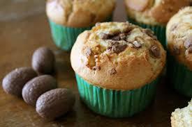 cuisine de paques muffins aux oeufs de pâques dans la cuisine de laurie
