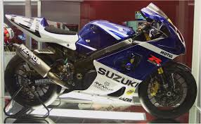 suzuki gsx1400 u2014 suzuki wiki motorcycles catalog with