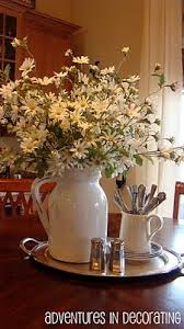 kitchen table decoration ideas http fadedcharmcottage 2014 10 the softer side of