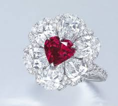 diamond red rings images Moussaieff red and blue diamond rings are coming to the auction jpg