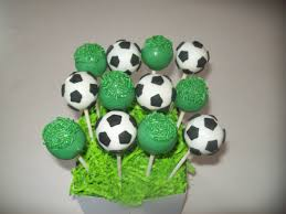 Halloween Cake Pop Ideas by Best 25 Soccer Cake Pops Ideas On Pinterest Soccer Ball Cake