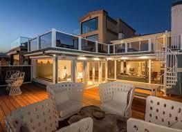 Beach House Malibu For Sale Inside Judd Apatow U0027s 12 Million Malibu Mansion Pursuitist