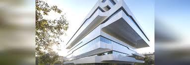 immeuble de bureaux zaha hadid l immeuble de bureaux de dominion de s à moscou