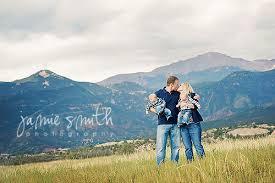 colorado springs photographers gorgeous mountain views at family session near garden of the gods