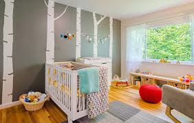deco chambre de bébé chambre bébé jaune