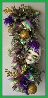 mardi gras deco mesh 345 best mardi gras wreaths images on mardi gras