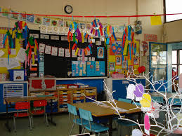 decoration theme marin doing activity of decorating with classroom decoration ideas