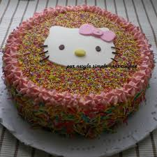 hello fait la cuisine gâteau d anniversaire fillette 4ans hello simplement cuisine