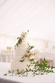 flower cake by bride u0026 blossom nyc u0027s only luxury wedding