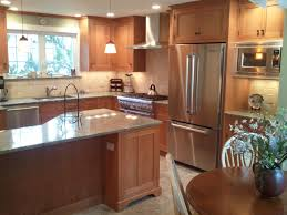 choosing a wood species type for kitchen cabinets