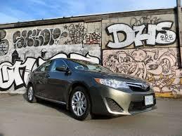 2014 toyota xle review 2014 toyota camry le mid size sedan review autobytel com