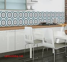 carrelage mur cuisine moderne pose de carrelage mural cheap cuisine pose carrelage mural with