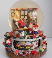 grandeur noel christmas water snow globe santas workshop musical