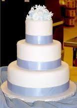 bling and lace design wedding cake beautiful wedding cakes