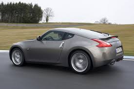 nissan 370z all wheel drive nissan 370z coupe review 2009 parkers