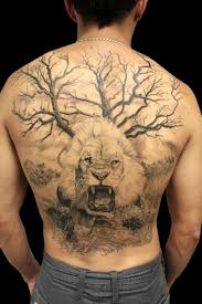 full back lion piece by jhon gutti tattoos