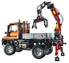 lego technic 2017 mercedes unimog inspires biggest lego technic model ever