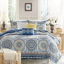 Coverlets For King Size Bed Best 25 Quilts U0026 Coverlets Ideas On Pinterest Crochet Blanket
