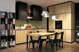 decoration de cuisine en bois cuisine bois et noir m kitchens 7 la cuisine bois et noir cest le