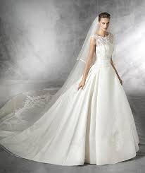 robe de mari e pronovias laudin robe de mariée toute en simplicité silhouette princesse