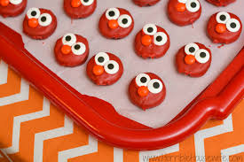 elmo birthday party birthday party ideas for the budget conscious parent