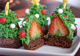Baking Christmas Tree Decorations by Erica U0027s Sweet Tooth Strawberry Christmas Tree Brownie Bites
