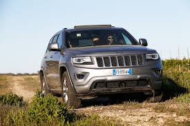jeep cherokee chief off road jeep grand cherokee 3 0 v6 crd overland road test