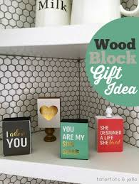 Wood Projects Gifts Ideas by Best 25 Wood Block Crafts Ideas On Pinterest Holiday Wood