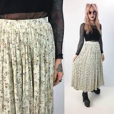 flowy maxi skirts 90 s floral all print flowy maxi skirt xs elastic